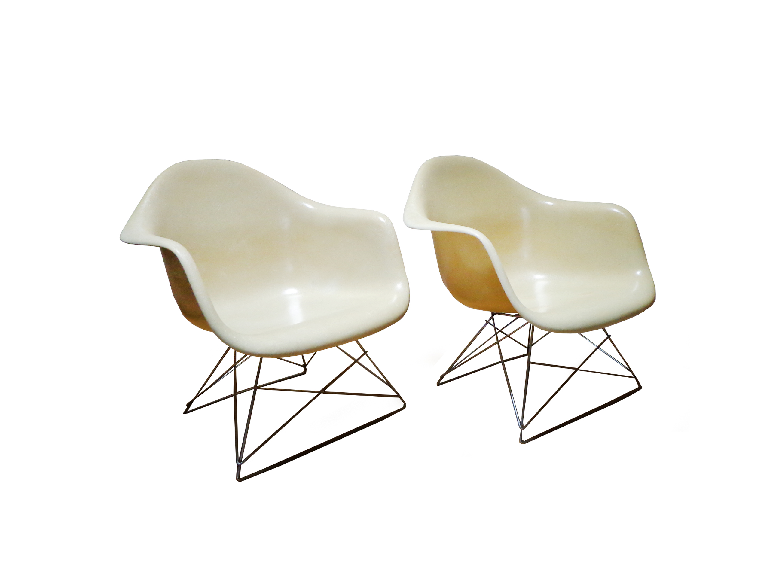 Charles and Ray Eames armchairs LAR