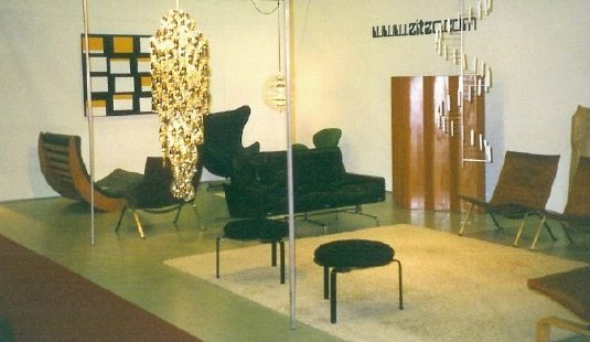 Zitzo booth at Copenhagen Modernism Show 2003