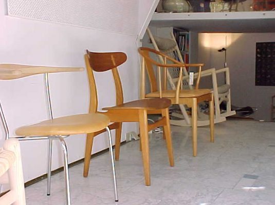 Hans J. Wegner Exhibition 2006 at Zitzo Amsterdam